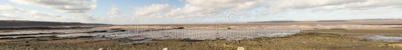 Bassa marea sulla baia di Fundy alle scogliere fossili di Joggins, Nova Scotia, immagini stock libere da diritti