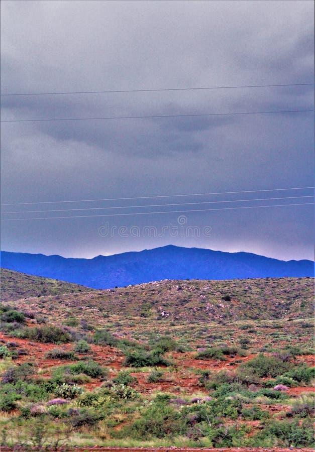 Bassin ensanglanté, réserve forestière de Tonto, Arizona, Etats-Unis image libre de droits