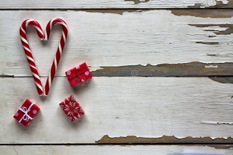 Bastón de caramelo La Navidad, decoraciones, invierno, día de fiesta, espacio de la copia, visión superior foto de archivo