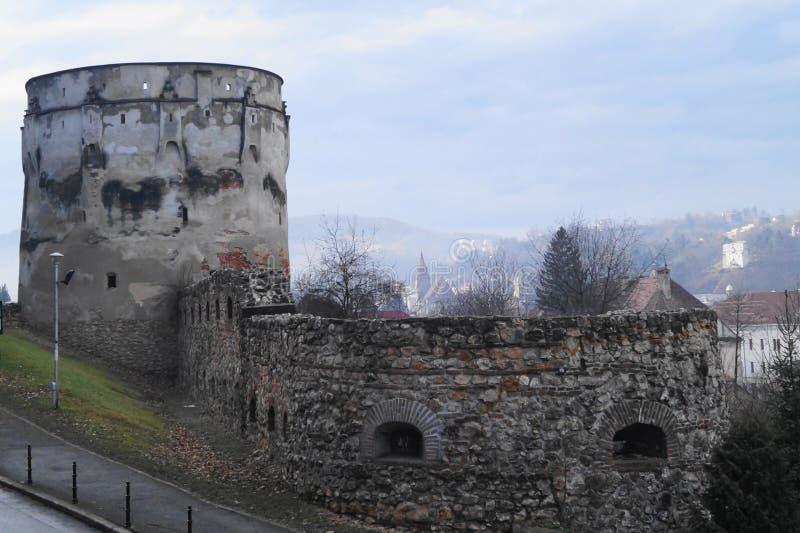 Bastion Bastionul Postăvarilor, Brasov, Roumanie de Drapers photos stock