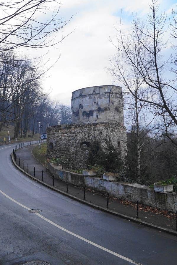 Bastion de Drapers et bastion Bastionul Postăvarilor SI Bastionul Cojocarilor, Brasov, la Transylvanie, Roumanie d'éplucheuses photos stock