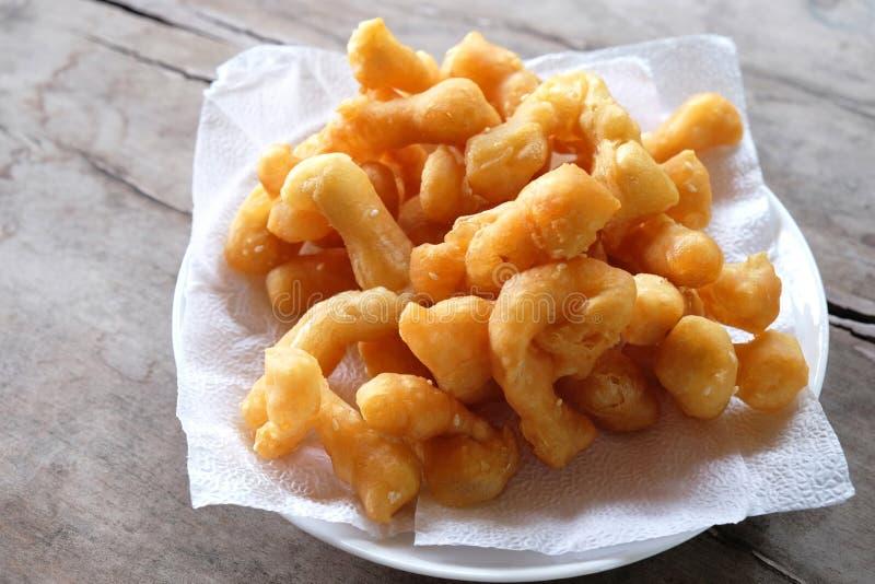 Bastone fritto in grasso bollente della pasta immagine stock