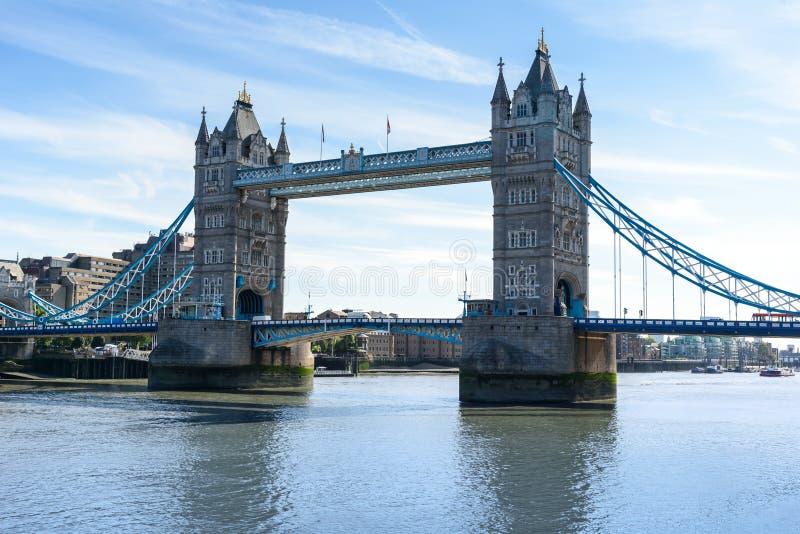 Basztowy most nad Rzecznym Thames, Londyn, UK, Anglia zdjęcia royalty free