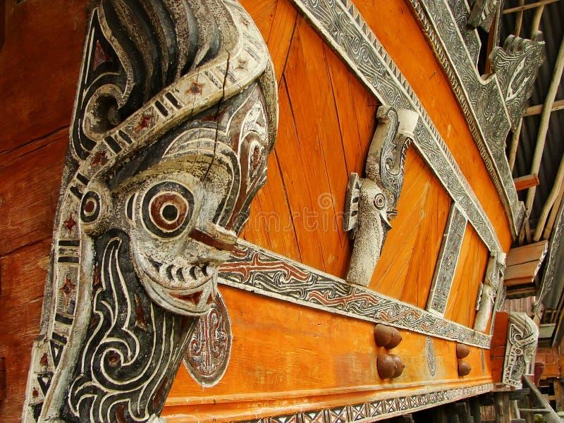 Batak房子的传统装饰在沙摩西岛海岛,苏门答腊上的 免版税图库摄影