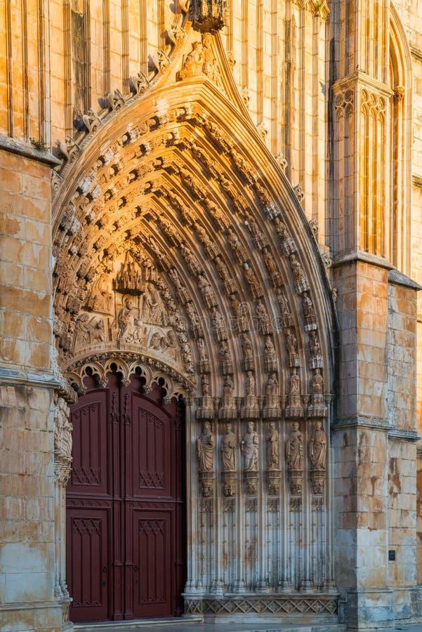 Batalha, Portogallo Monastero del monastero di Batalha aka di Santa Maria da Vitoria Vista del Capelas Imperfeitas Gotico e fotografia stock libera da diritti