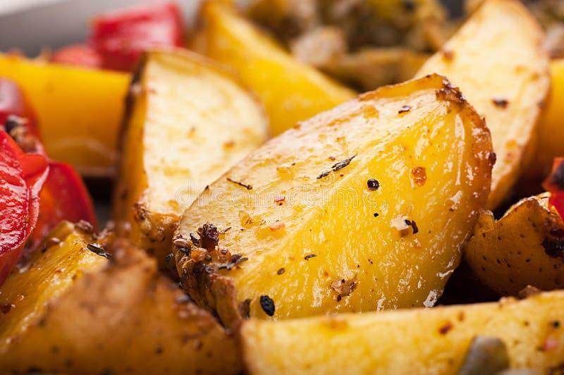 Batata com carne e cogumelos imagem de stock royalty free