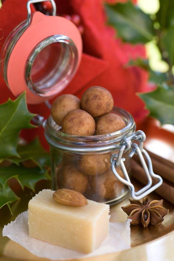 Batatas da pasta da amêndoa fotos de stock royalty free