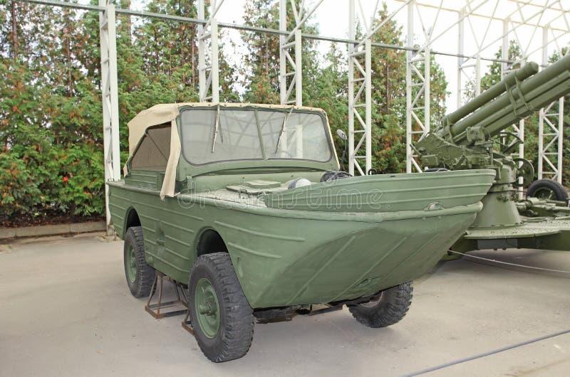 bateau allemand de voiture d 39 amphibiens de la deuxi me guerre mondiale photo stock image 45122066. Black Bedroom Furniture Sets. Home Design Ideas