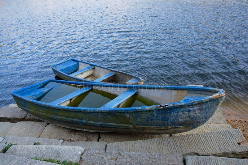 bateau bleu photo stock