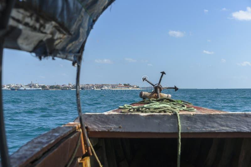 Bateau d'île de prison vers Zanzibar image stock