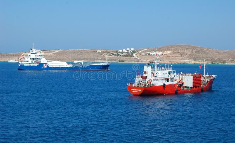 Bateau de croisière dans l'océan photo stock