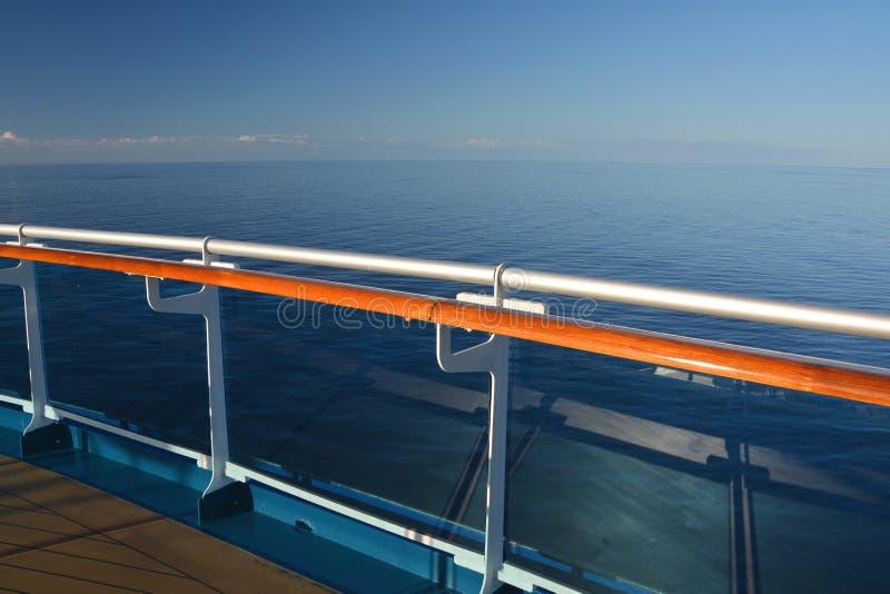 Bateau de croisière sur la mer des Caraïbes photo stock