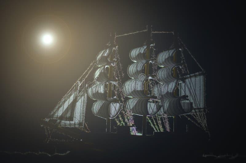 Bateau de fantôme de pirate photographie stock libre de droits