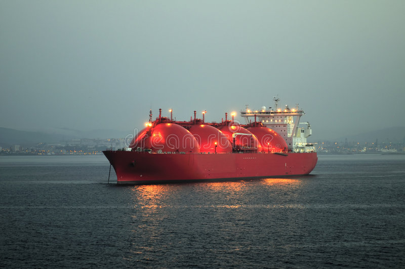 Bateau de GNL pour le gaz naturel photographie stock libre de droits