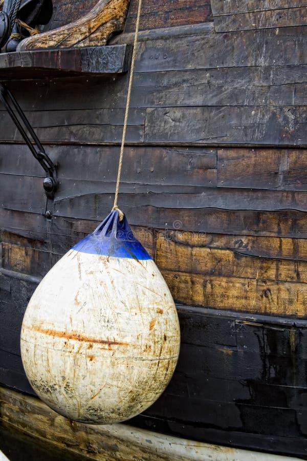 bateau de la bouée s photographie stock libre de droits
