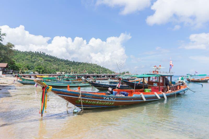 Bateau de Longtail chez Koh Tao, Thaïlande photographie stock