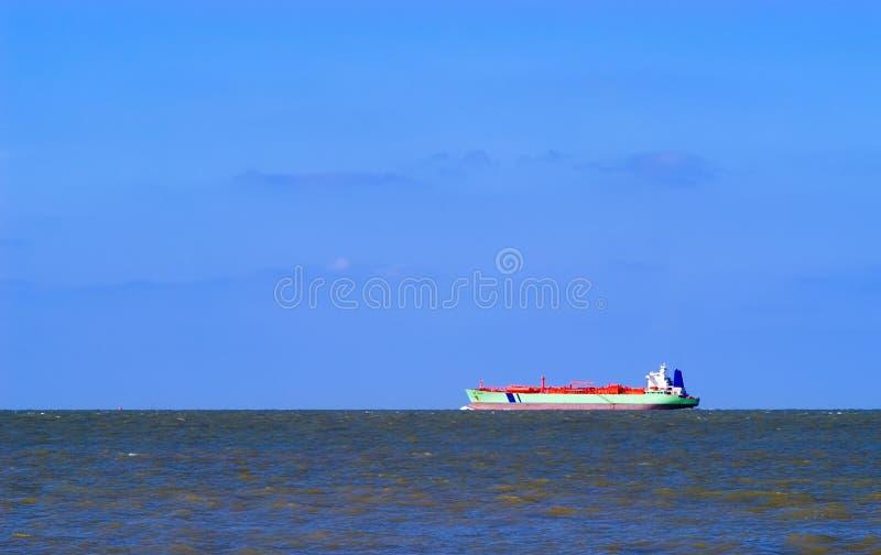bateau de mer de fret images stock