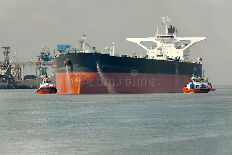 Bateau de pétrolier photographie stock libre de droits