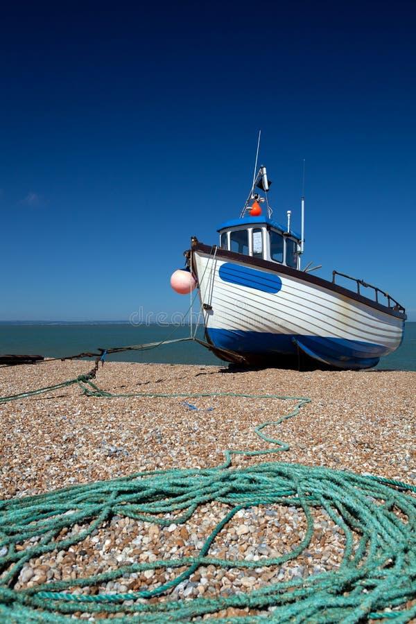 Bateau de pêche de chalutier images libres de droits