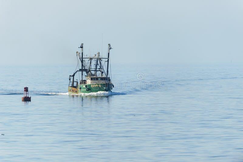 Bateau de pêche Zeus photographie stock