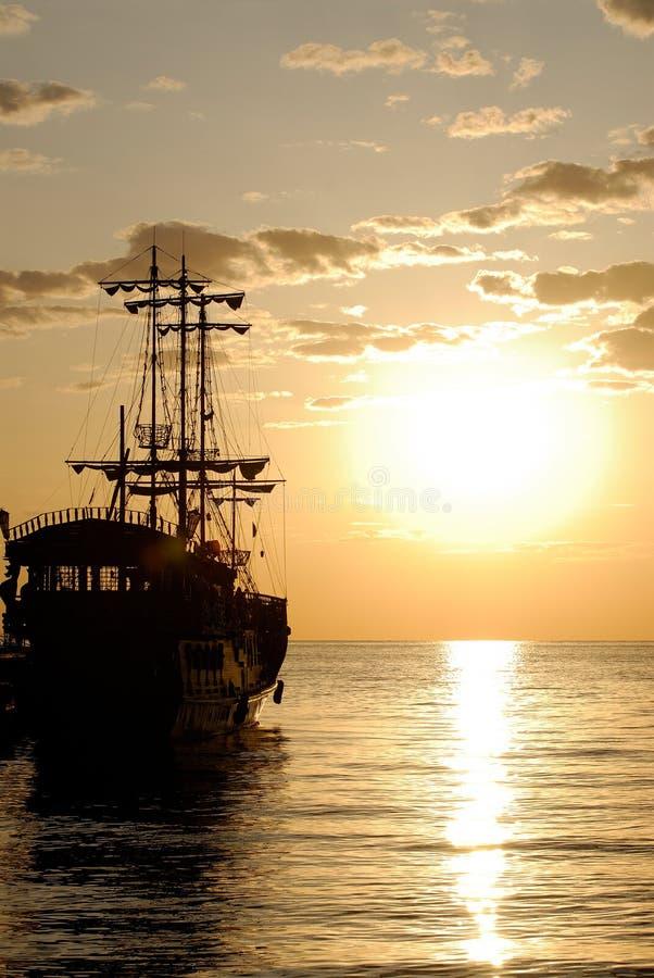 Bateau de pirate photos stock