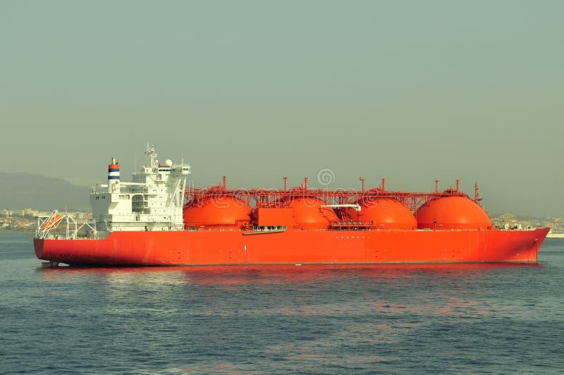 Bateau de transporteur de GNL pour le gaz naturel photo stock