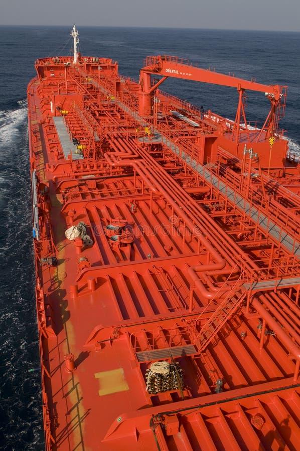 Bateau de transporteur de pétrole brut de camion-citerne photographie stock