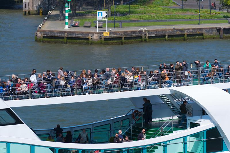 Bateau de visite à Rotterdam, Hollandes photos libres de droits