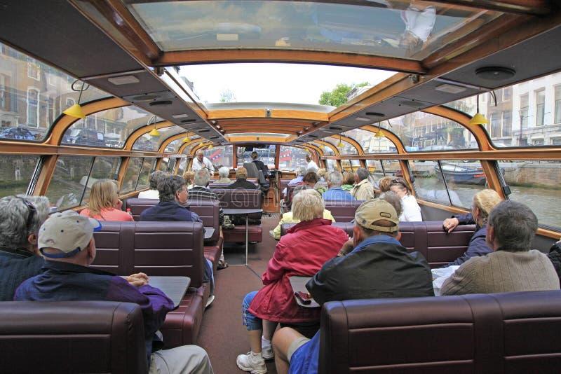 Bateau de visite de canal d'Amsterdam, Hollande photo libre de droits