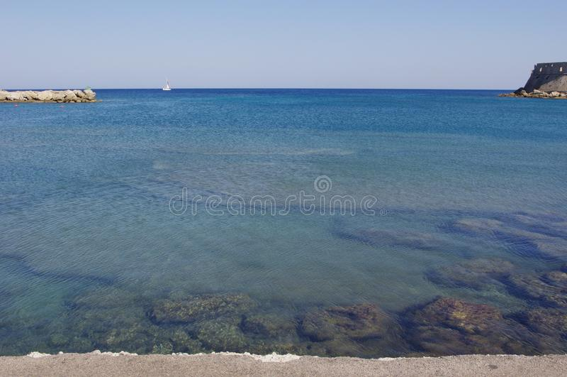 Bateau de vue d'océan photos stock