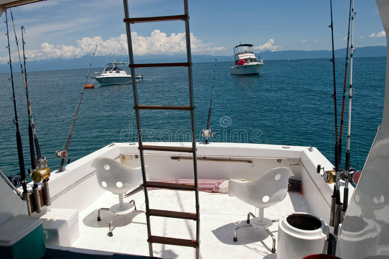 Bateau profond de pêche maritime photo stock