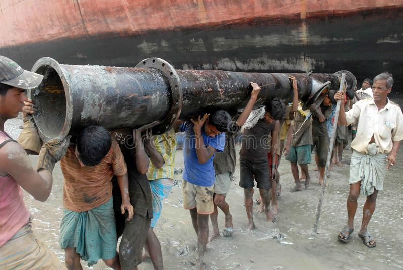 Bateau rodage le Bangladesh image stock