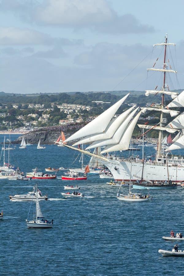 Bateau sous la voile au festival grand de bateaux, Falmouth, les Cornouailles photos libres de droits