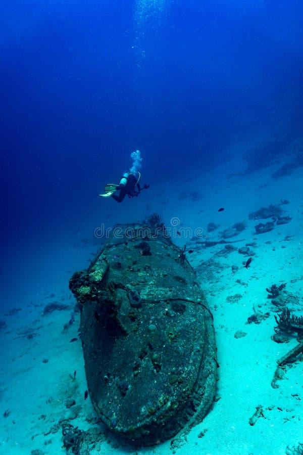 Bateau submergé photo libre de droits
