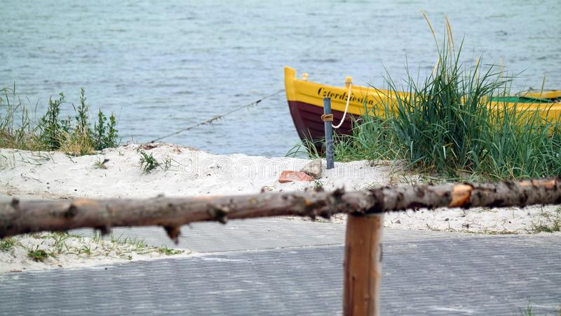 Bateau sur la mer photos libres de droits