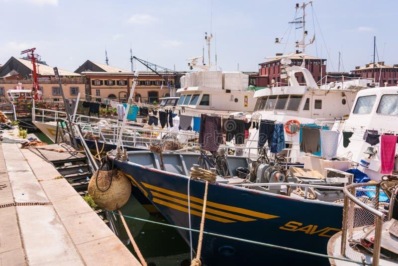 Bateaux à Porto Antico à Gênes, Ligurie, Italie, Europa image libre de droits