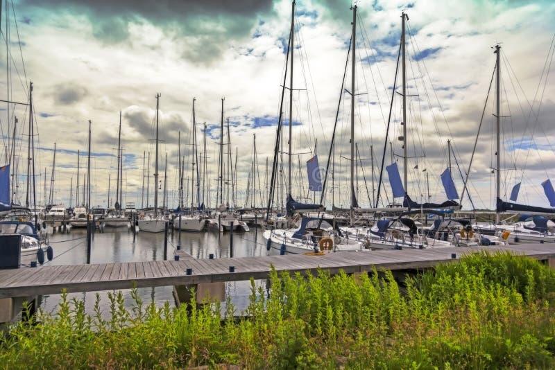 Bateaux à voile hollandais image stock