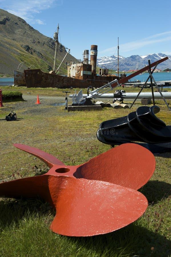 Bateaux abandonnés de baleine de Grytviken image stock