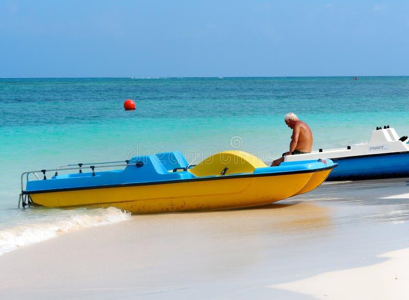 Bateaux au Cuba image stock