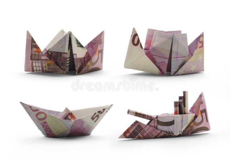 Bateaux d'origami de cinq cents euro billets de banque photo stock