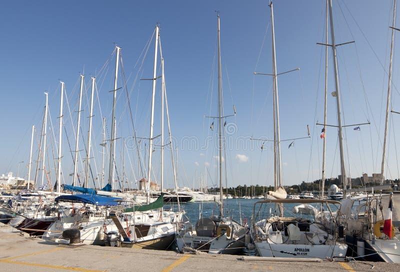 Bateaux dans la marina photos libres de droits