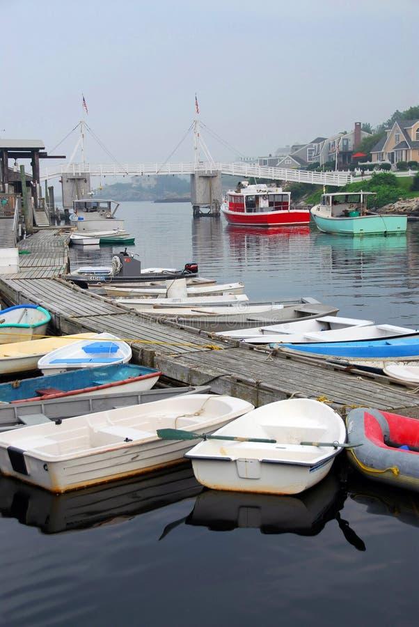 Bateaux dans le port photographie stock