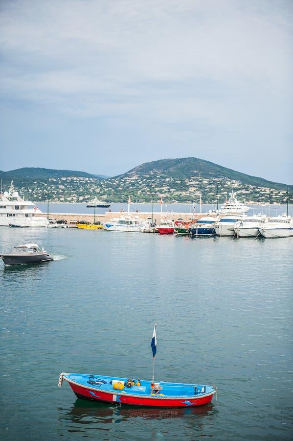 Bateaux dans le Saint-Tropez images libres de droits