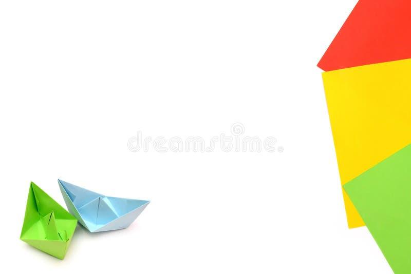 Bateaux De Livre Vert Bleu Et Origami Feuilles De Papier Feuilles De Papier De Couleur Photo Stock Image Du Couleur Feuilles 89925108