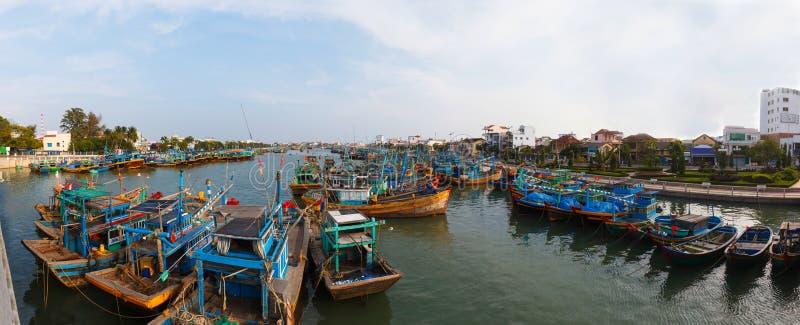 Bateaux de pêche au Vietnam photos libres de droits
