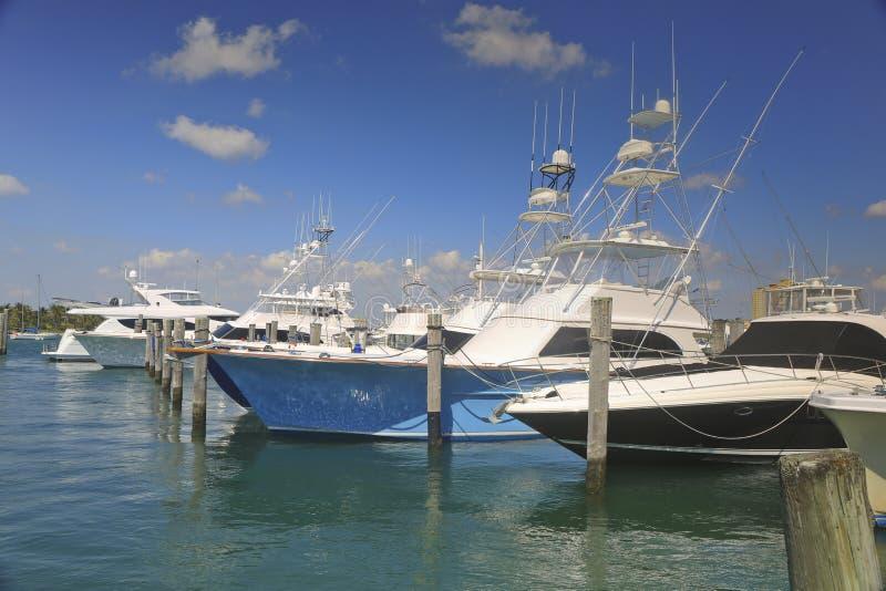 Bateaux de pêche de charte, West Palm Beach, la Floride, Etats-Unis images stock