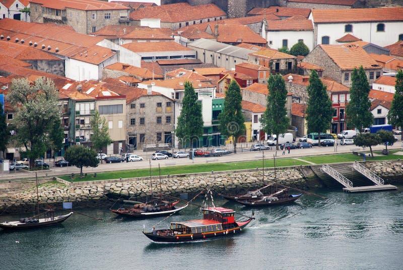 Bateaux de vin sur le fleuve Douro (Porto, Portugal) image libre de droits