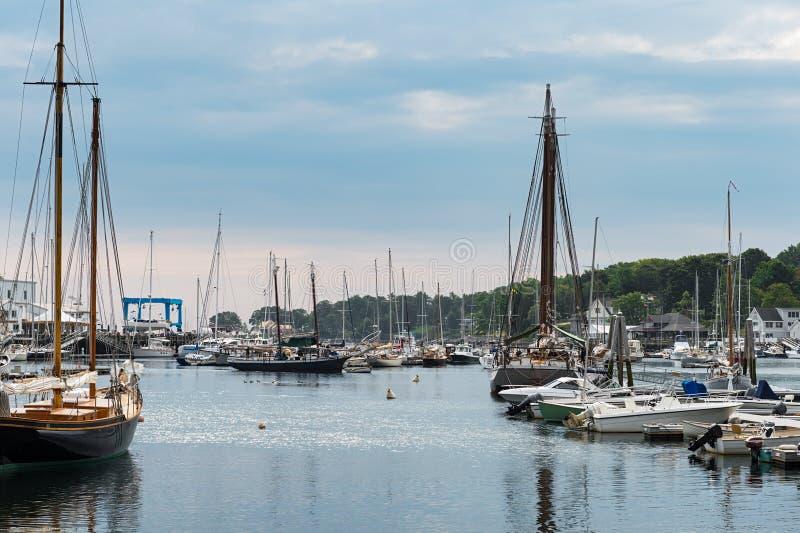 Bateaux en bois du port de Camden photos stock