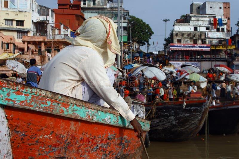 Bateaux sur le Ganges photo stock
