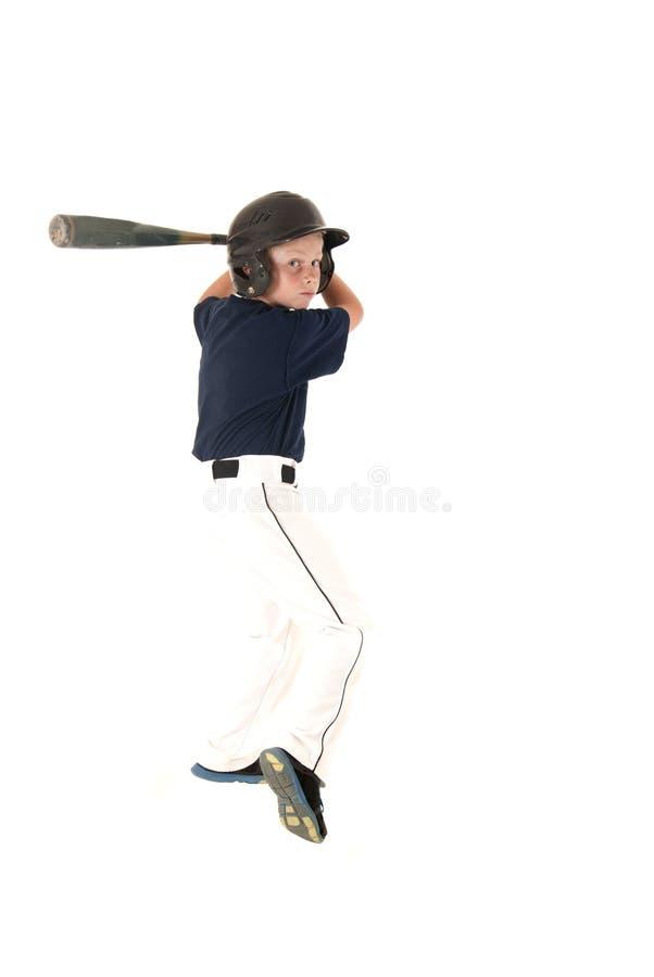 Batedura nova do jogador de beisebol que espera um passo foto de stock